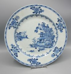Nanking cargo plate - China - around 1752