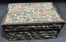 Wooden casket covered with Menuki sword fittings - Japan - 19th century