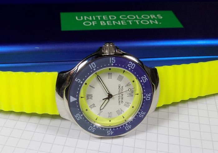 ee084c7b1e11 United Colors of Benetton - By Bulova - Yellow White - Diver - 1980 s -  Men s