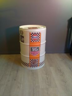 """Oil barrel - Chair / Seat """"Le Mans"""" with logos of, among others, Tag Heuer - Porsche - Gulf - 60 x 40 cm"""
