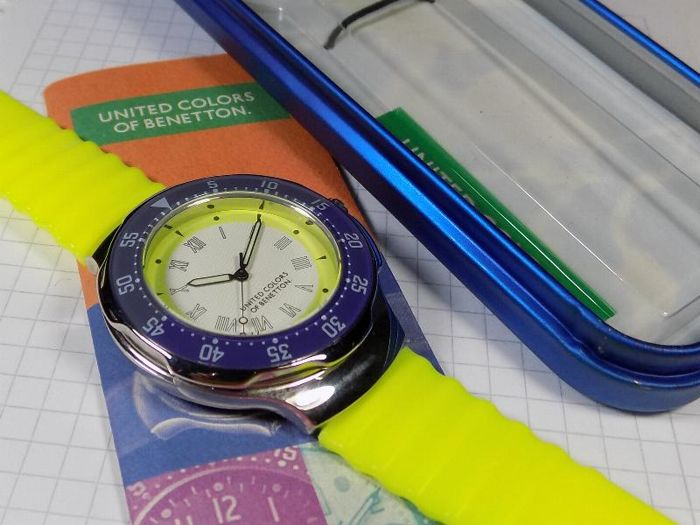 d48218b5d87b United Colors of Benetton - By Bulova - Yellow White - Diver - 1980 s -  Men s Wristwatch