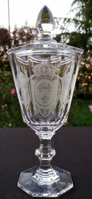 Villery & Boch - Cut and chiselled crystal vase, stamped