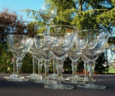 Baccarat, set of 13 pieces in cut and chiselled crystal