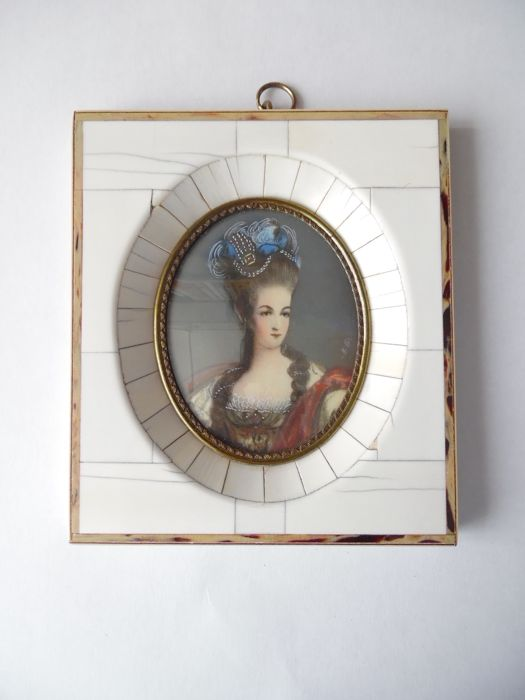 Miniature portrait of Madame de Pompadour, framed in an ivory-like material - circa 1900