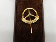 Vintage Mercedes Benz 500,000 Km Pin Brooch 835 Gold & Sapphire Boxed with Extra Silver 200,000 km and Plain Pins