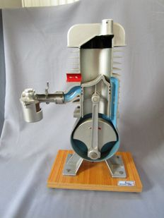 Original HADÜ - driving school model - cross-section of a two-stroke engine - height is approx. 45 cm - ca. 1960/70