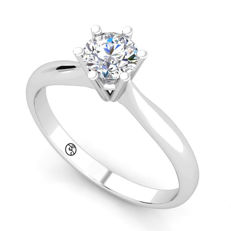 White gold ring with 0.52 ct, on brilliant cut D (finest white)/VS1 diamond - With HRD Certificate