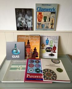 Literature - 8 books about glass