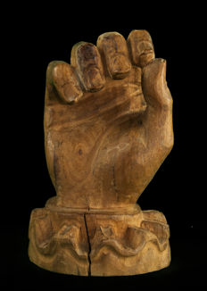 Carving of a hand from old altarpiece or altar - Spain - 18th-19th century