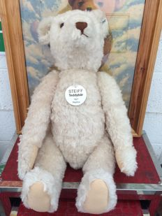 Steiff Teddy Bear 1921, 70cm Replica LED, Germany