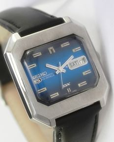 Seiko 5 DX Deluxe Ref 6106-5480 Automatic Men's Vintage Wrist Watch - circa 1960s