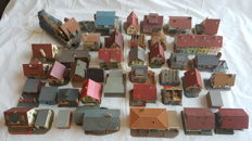 Faller/Pola H0- Big lot of mostly residential buildings