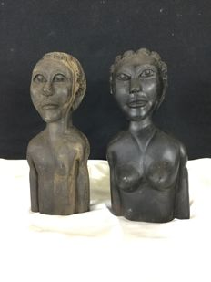 2 African busts, couple in ebony wood circa 1960s