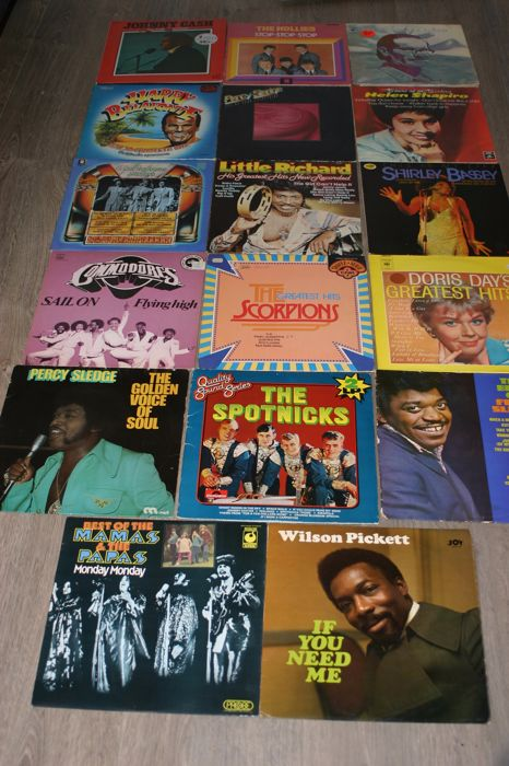Lot of 16 lp Albums by ; Johnny Cash,Billy Evans,The Hollies, Percy Sledge, Shirley Bassey, Little Richard, The adrew Sisters, The commoderes, The Scorpions,  Doris Day, Wilson Picket and many more