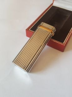 Cartier lighter with ring finish with stone, revised, no gas leaks, lighter briquet feuerzeug