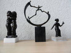 3 beautiful, 2 burnished and 1 bronze sculpture, 2 are with monogram and are on matching pedestals, Corry Ammerlaan