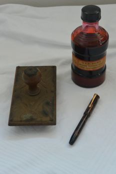Fountain Pen Marvel Stamp Ink and Art Deco blotter
