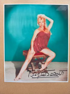 Brigitte Bardot original hand signed photo with Certificate Of Authenticity (COA)