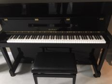 Piano KAWAI CX-5H, coming from Japan, serial number: 2298885, high-gloss black, including matching piano stool