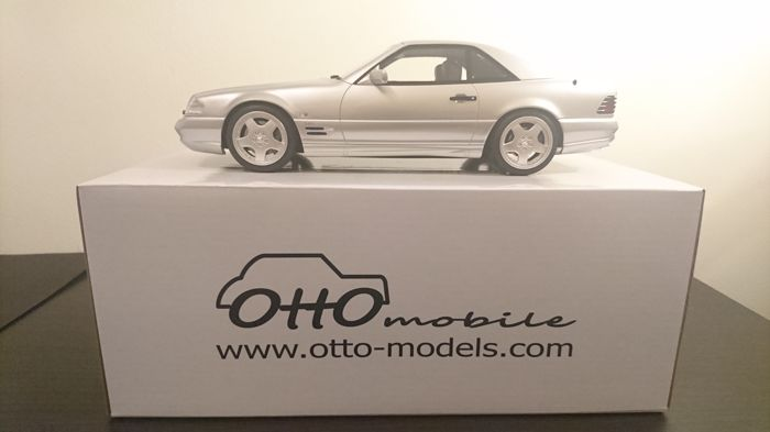 Otto Mobile - Scale 1/18 - Mercedes-Benz SL73 AMG ´R129´ - Brillant Silver
