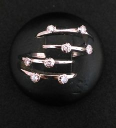 White gold ring (18 kt/750) - Diamonds 0.13 ct, colour G, clarity VVS - Total weight 5.7 g - Size N 14 EU