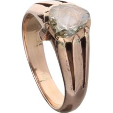 18 kt. - Rose gold solitaire ring set with a rose cut diamond of approx. 0.45  ct. - Ring size: 17.5 mm