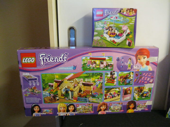 Friends 3189 41090 heartlake stables olivia 39 s for Lego friends olivia s garden pool 41090