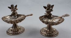 A pair of silver salt cellars with spoons - Pedro Duran Morales - Madrid, Spain, after 1934