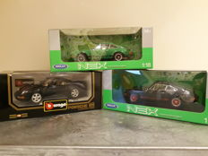 Welly / Bburago - Scale 1/18 - Lot with 3 x Porsche 911