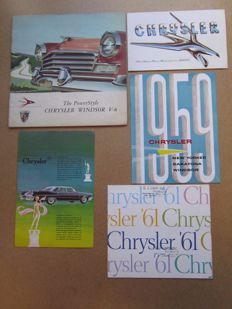 CHRYSLER - Lot de 5  brochures originales Windsor, Newport, Nassau, Town and Country, New Yorker, Saratoga, Le Baron, 300/G de 1956 à 1961