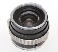 Carl Zeiss wide angle lens 35/4 35mm f:4 Distagon in black finish for Contarex cameras, rare