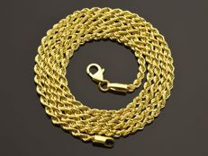"18k Gold Necklace. Chain ""Cord"" - 55 cm. Weight 3.15 g. No reserve price."