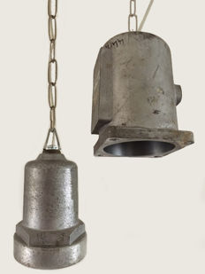 Designer unknown - Set of industrial ceiling lights made of aluminium
