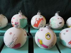 Mouth-blown and hand-painted glass Christmas ornaments