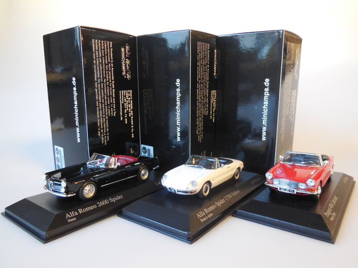 Minichamps - Scale 1/43 - Lot with 3 classic models: 2 x Alfa Romeo & 1 x Peugeot