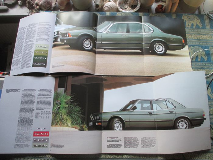 car brochures bmw 13 mostly extensive brochures 1980 2001 catawiki. Black Bedroom Furniture Sets. Home Design Ideas