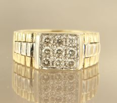 14 kt bi-colour gold ring set with diamond, approx. 0.75 ct in total - ring size 20.5