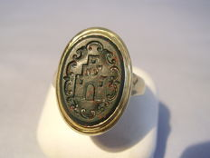 Antique 14 kt gold Victorian signet ring nobility ring with coat of arms, Pforzheim circa 1900