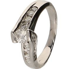 14 kt White gold ring set with diamonds of approx. 0.84 ct in total. - ring size: 18 mm