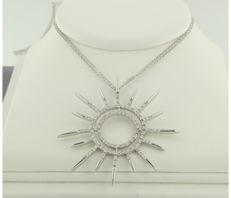*****NO RESERVE PRICE ***** 18 kt white gold double necklace with pendant in the shape of a star set with 80 brilliant cut diamonds, approximately 0.50 carat in total