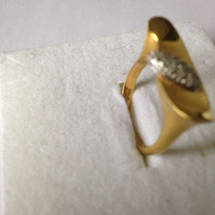 Yellow gold ring (18 kt) - Diamonds, G clarity VVS, approx. 0.13 ct Size: 55