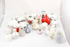 Franklin Mint - The Great Porcelain Houses - all 25 pieces miniature vases collection