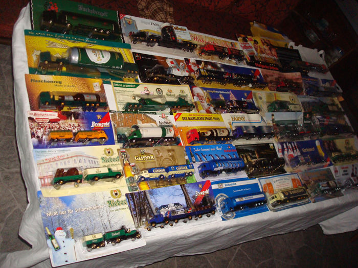 Collection - brewery trucks, advertising trucks, some vintage trucks and special editions, in original packaging, 76 parts - 1995/2006