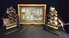 Knots Display Cabinet with 2 Bookends made of Sailing Ship Cutty Sark