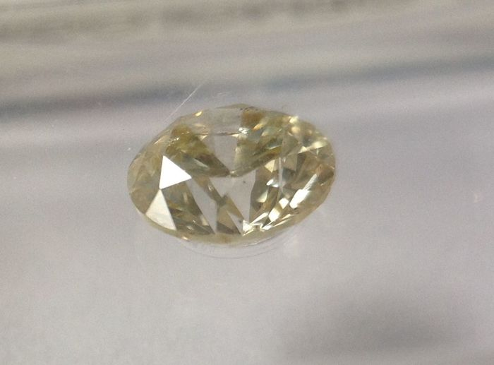 Diamant - 0.51 ct - Brillant - W-X - light yellow - I1