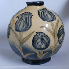 William Moorcroft - Earthenware vase made for Liberty & Co