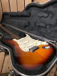 Fender American Plus Deluxe Stratocaster USA 1995