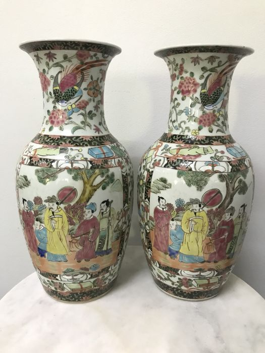 2 Porcelain Famille Rose Vases. China - late 20th century