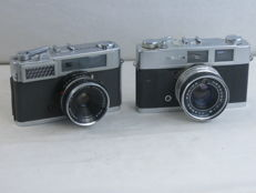 Lot of two rangefinder cameras: Konica S and Konica auto S2, circa 1965. EXC+