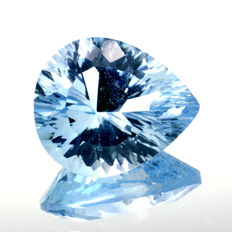 Blue topaz - 4.94 ct – No reserve price